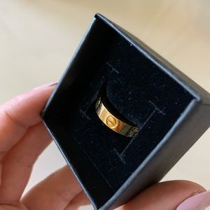 Love Ring size 7 Gold